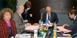 Signature de la création du laboratoire franco-russe Qualipso