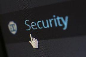 Les attaques DDoS empêchent ses victimes d'accéder à un service informatique.