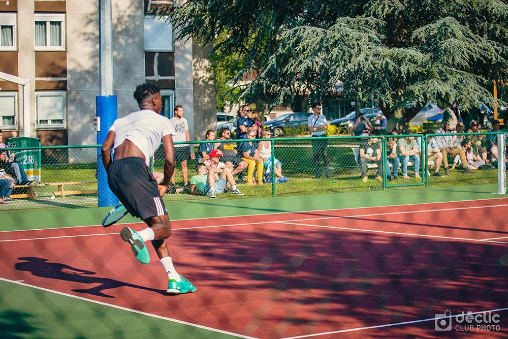 Joueur de tennis lors de l'open IMT 2018